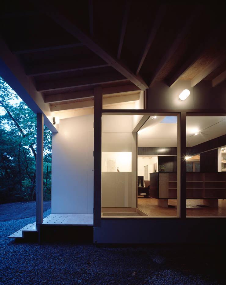 軽井沢S邸: 高田事務所が手掛けた家です。