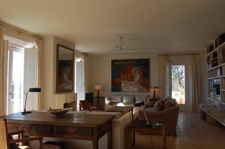 Salon: Salones de estilo mediterráneo de Alen y Calche S.L.