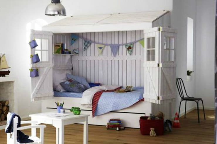 Phòng trẻ em by Çelebi Ahşap & İç Dekorasyon ve Tasarım