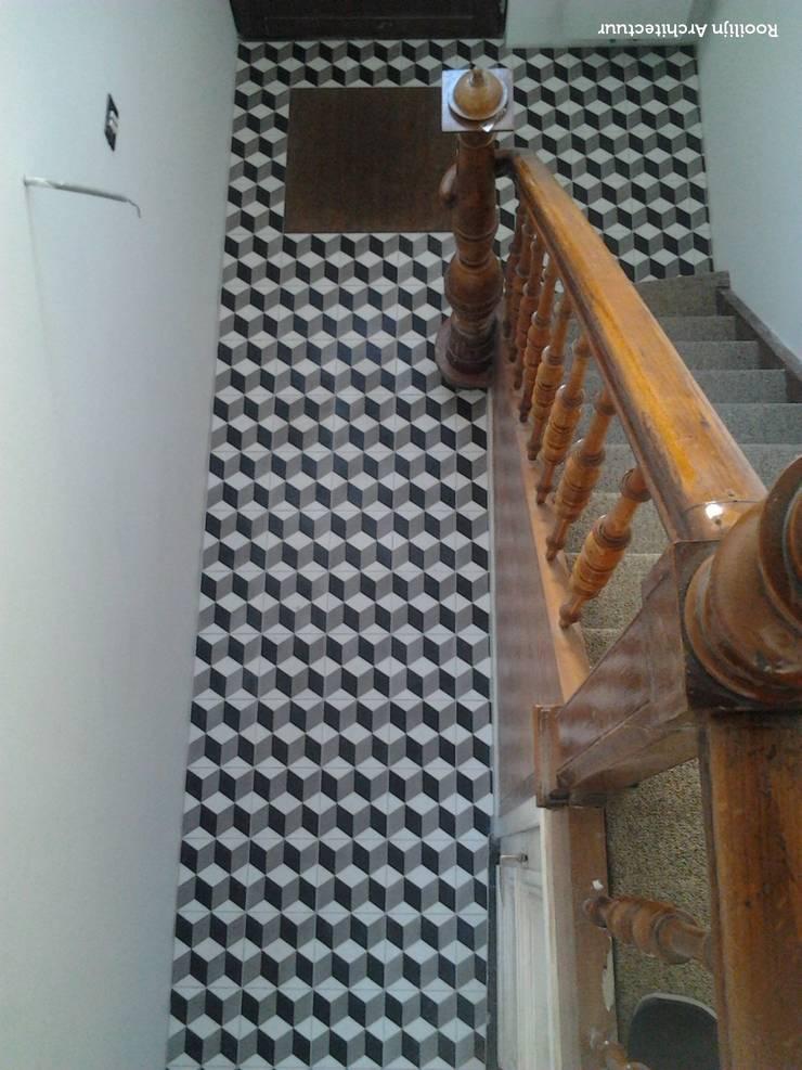Ingresso & Corridoio in stile  di Den Ouden Tegel