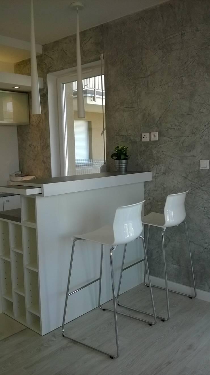 mieszkanie Wrocław: styl , w kategorii Kuchnia zaprojektowany przez Julia Domagała wnętrza