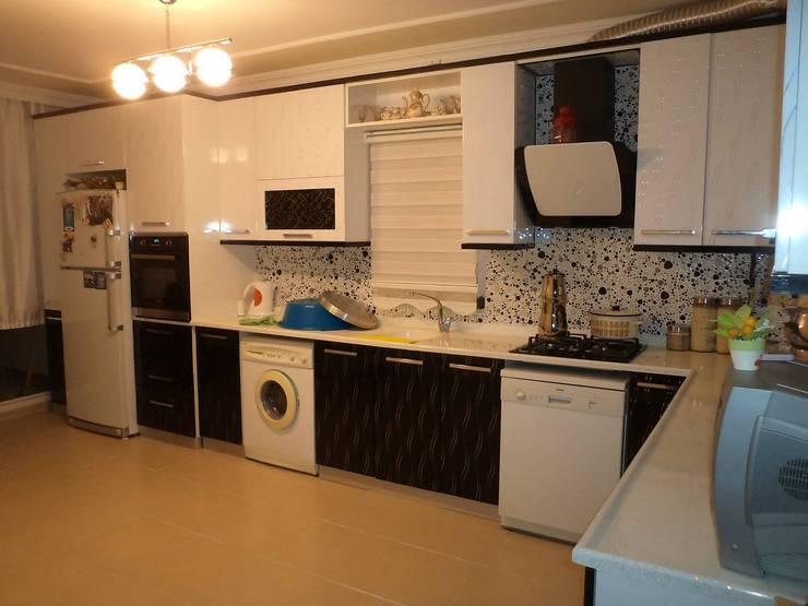 Projekty,  Kuchnia zaprojektowane przez Eriş Mobilya