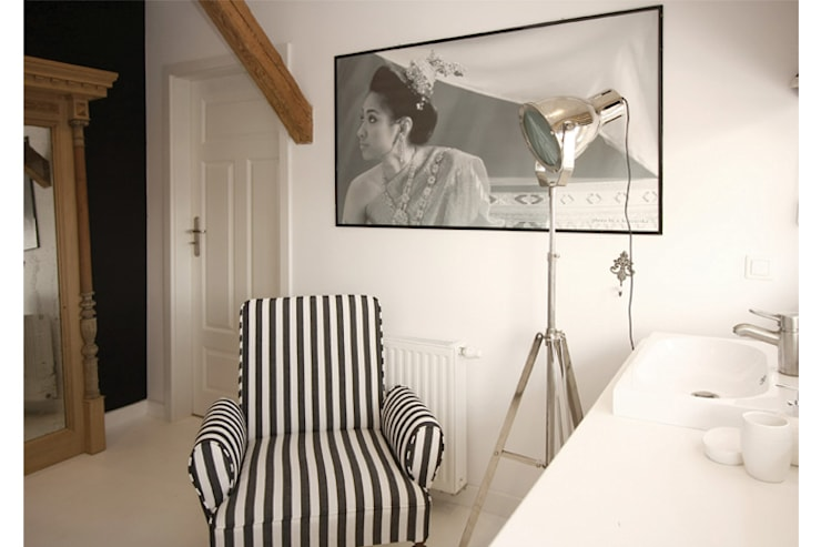 COUNTRY HOUSE 1: styl , w kategorii Łazienka zaprojektowany przez 2kul INTERIOR DESIGN