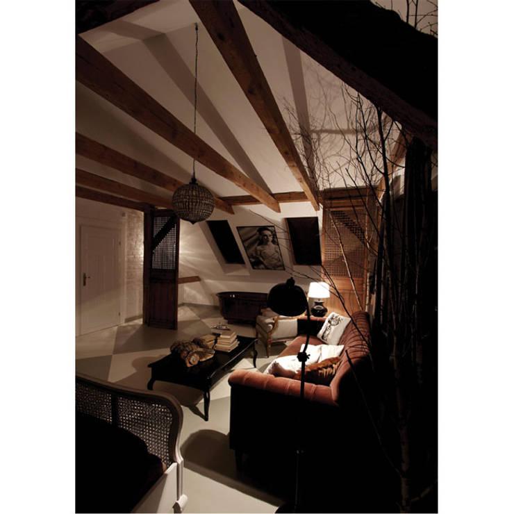 Bedroom by 2kul INTERIOR DESIGN