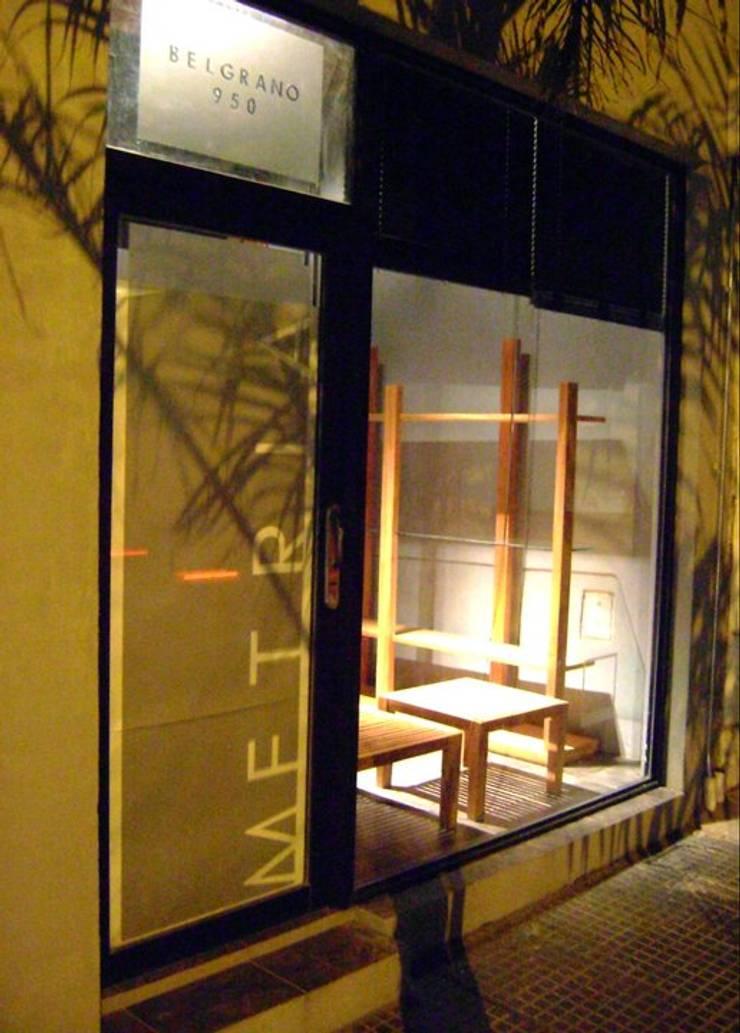 ESTUDIO METRIA.: Estudios y oficinas de estilo  por ESTUDIO METRIA.