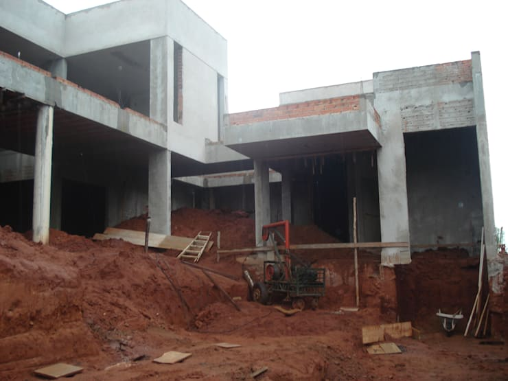 Residência Bauru: Jardins  por HZ Paisagismo,