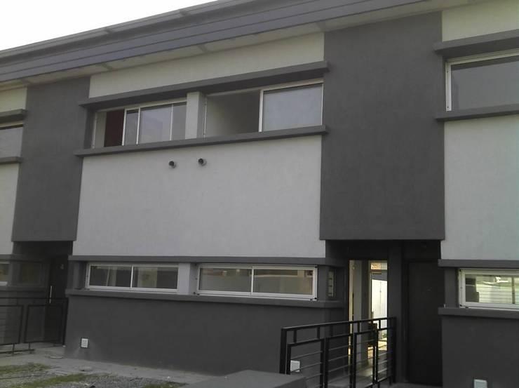 Fachada Interior : Casas de estilo  por Gigante ::: Estudio de Arquitectura