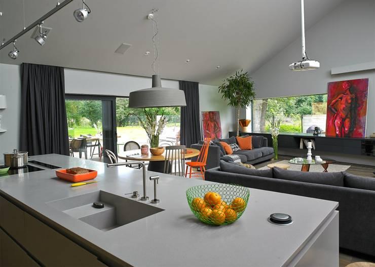 Dom: styl , w kategorii Kuchnia zaprojektowany przez stando interior design