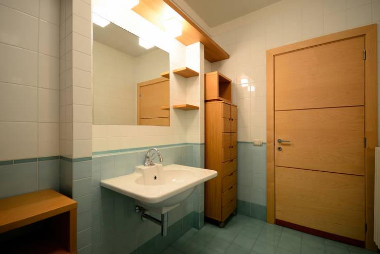 Baños de estilo  por Lorenzo Colonna Architetto