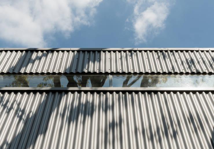 Casas  por Henning Stummel Architects Ltd,