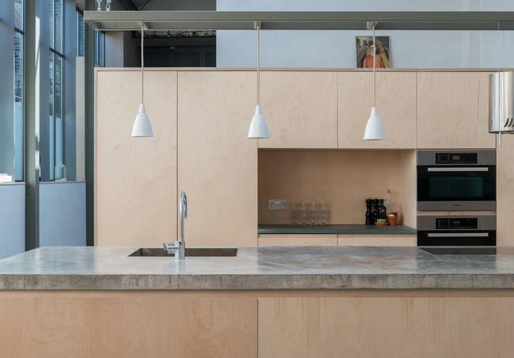 Cozinhas  por Henning Stummel Architects Ltd,