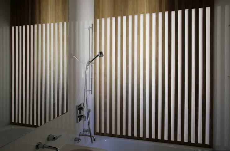 St Michaels Street Salle de bain moderne par Henning Stummel Architects Ltd Moderne