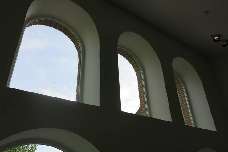 Tiendenschuur Van Mol:  Ramen door metamorfos.architecten bvba