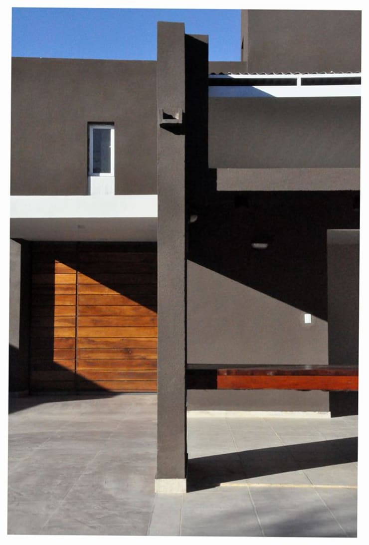 Casa B° Juramento: Casas de estilo  por Kawsay Arquitectura,