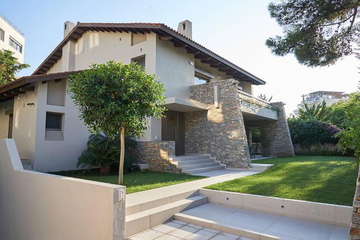Дом в Афинах: Дома в . Автор – ООО 'Студио-ТА'