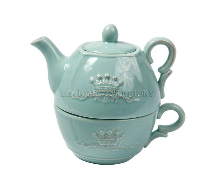 Чайник и чашка V903: Кухня в . Автор – LeHome Interiors,