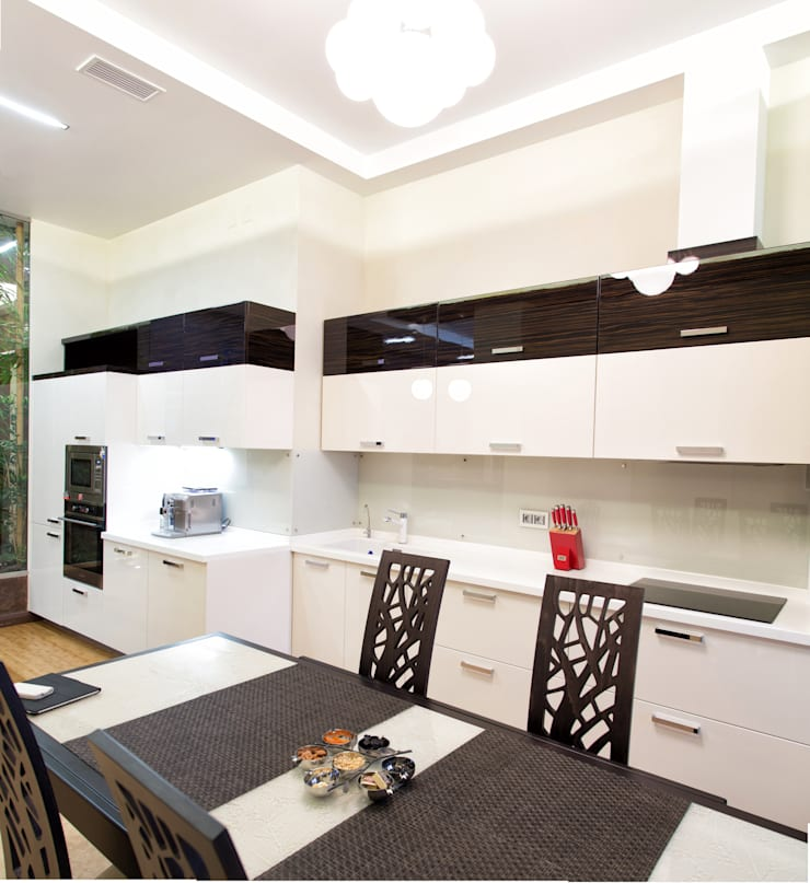 Интерьер квартиры в современном стиле: Кухни в . Автор – Antica Style