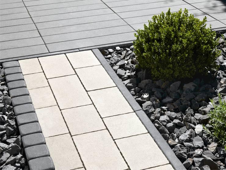 Kostka brukowa Design: styl , w kategorii Ściany i podłogi zaprojektowany przez Modern Line