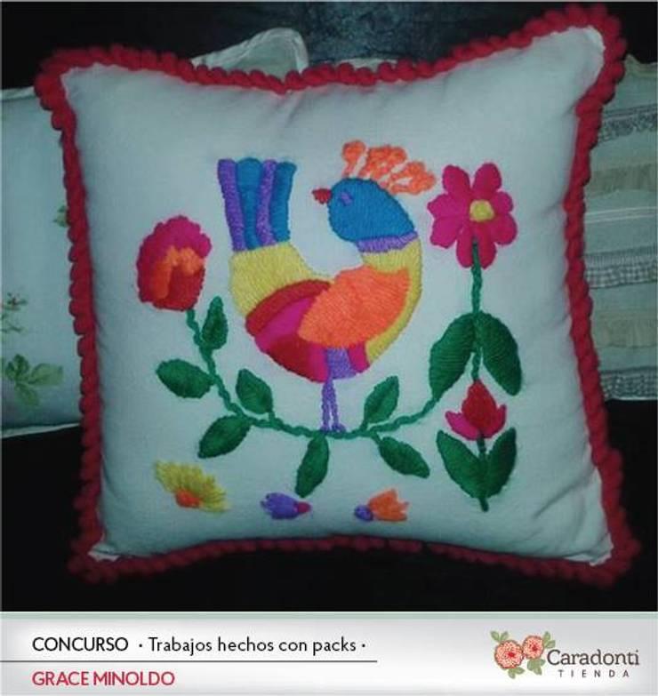 Objetos de decoración:  de estilo  por tiendacaradonti,Clásico