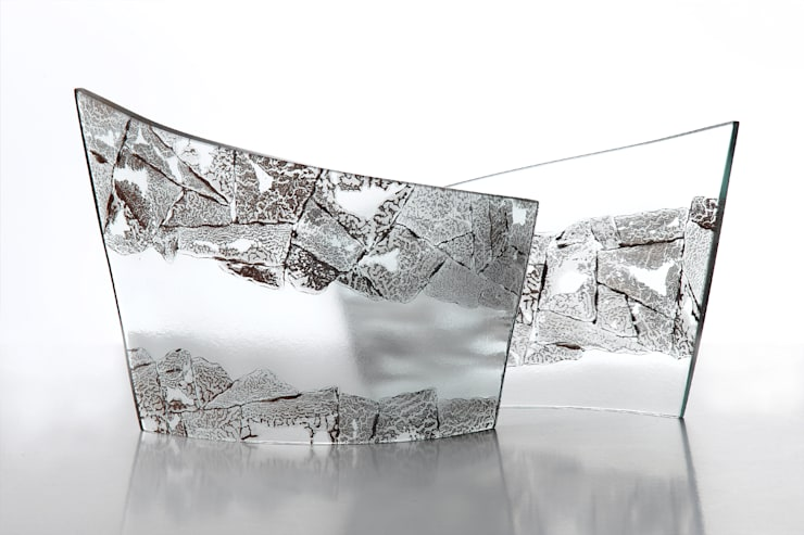 Sculptural Curves: minimalist  by Michelle Keeling Glass, Minimalist