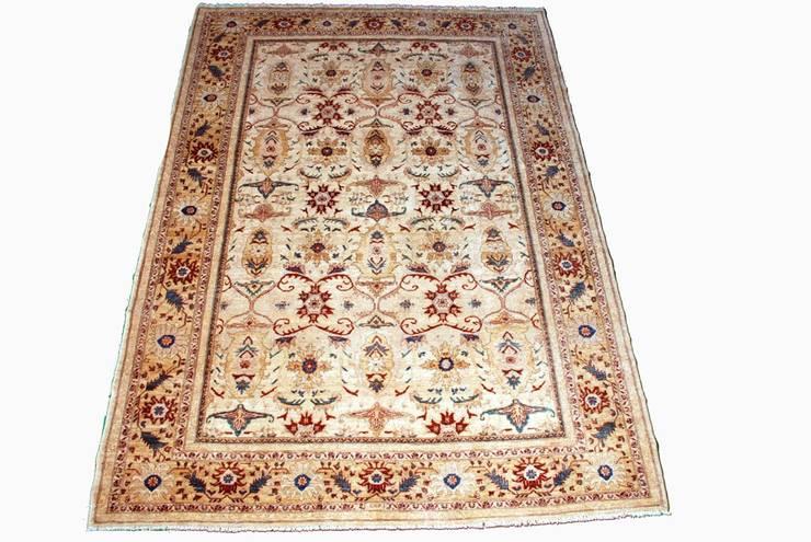 Гостиная в . Автор – Aran Carpet