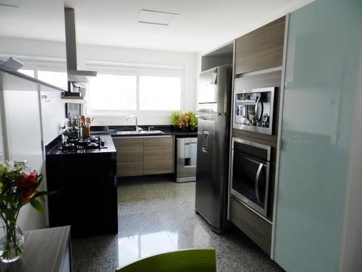 Cozinha: Cozinhas modernas por Studio Dellas Interior Design