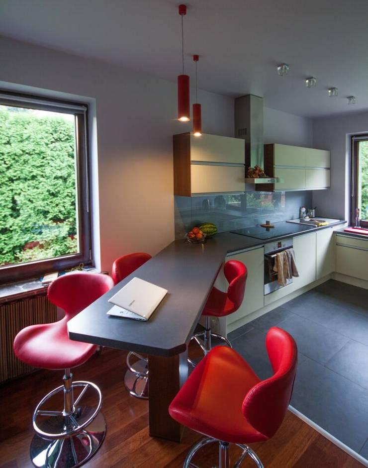 Mieszkanie: styl , w kategorii Jadalnia zaprojektowany przez 3D2 design art