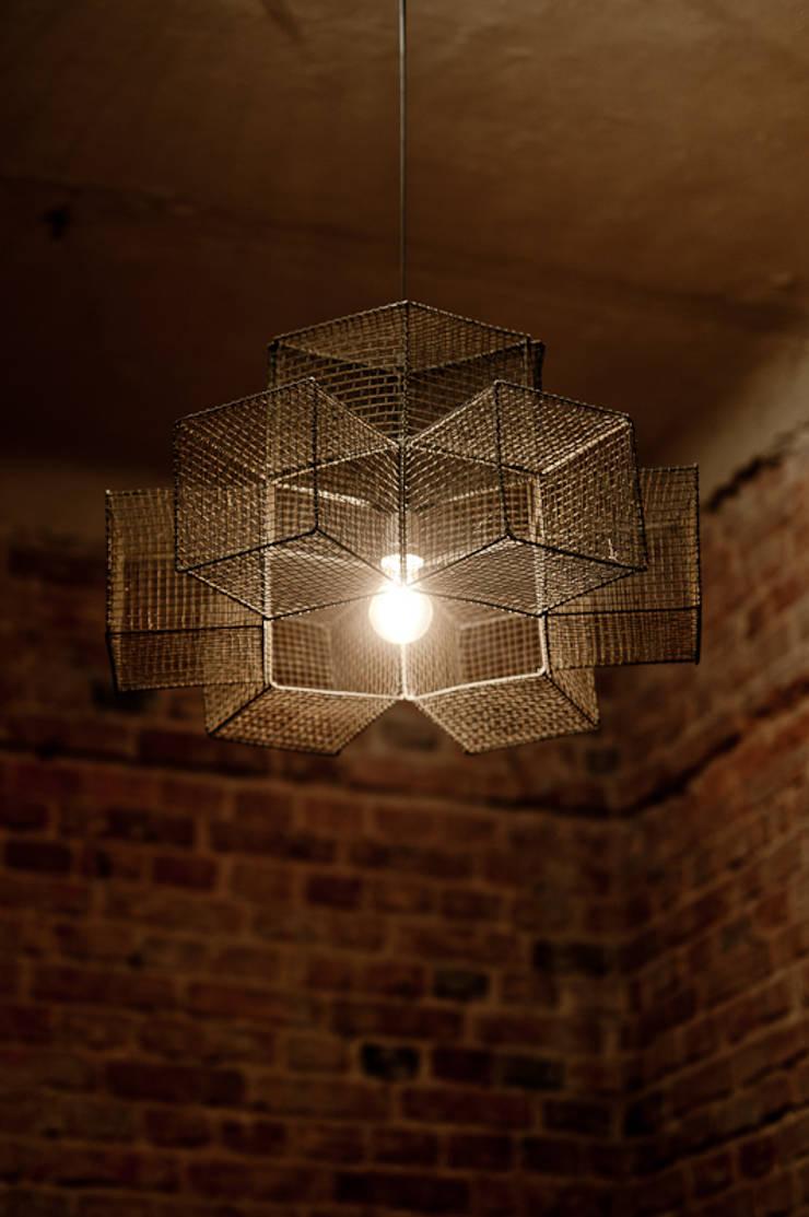 Lampy : styl , w kategorii Salon zaprojektowany przez Herywalery