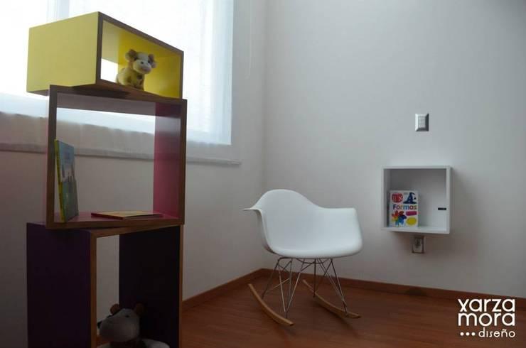 Casa muestra: Recámaras infantiles de estilo  por Xarzamora Diseño