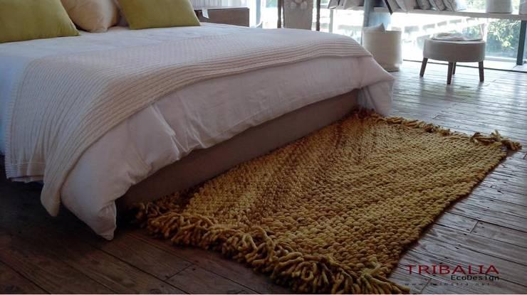 Líneas de Productos TRIBALIA: Dormitorios de estilo  por Tribalia