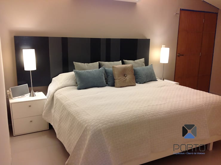 Proyecto <q>Penthouse Club de Golf Pok Ta Pok, Cancun</q>: Recámaras de estilo  por PORTO Arquitectura + Diseño de Interiores