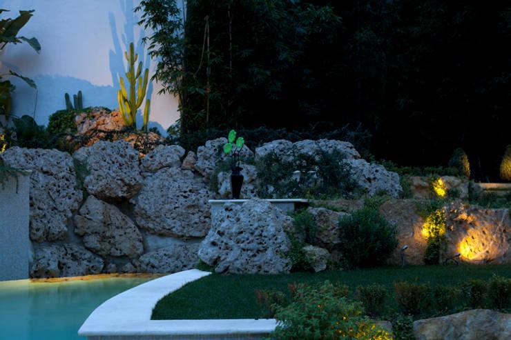 Moradia na Rua do Salitre (Lisboa): Jardins  por Visual Stimuli