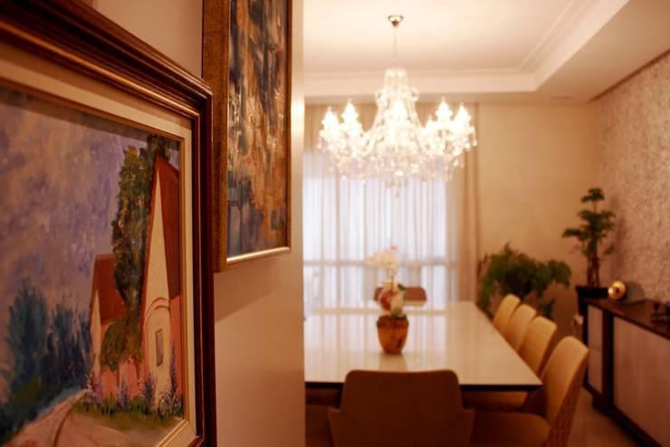 Apartamento Mansão Imperial: Corredores e halls de entrada  por ArchDuo Arquitetura