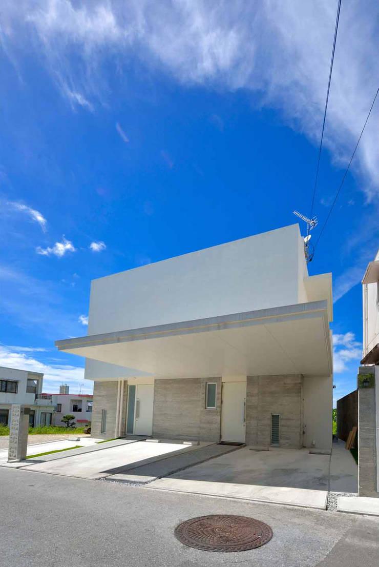風を生み、空に近づく家: アアキ前田 株式会社が手掛けた家です。