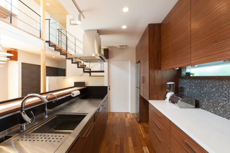 河内長野の家: 株式会社 atelier waonが手掛けたキッチンです。