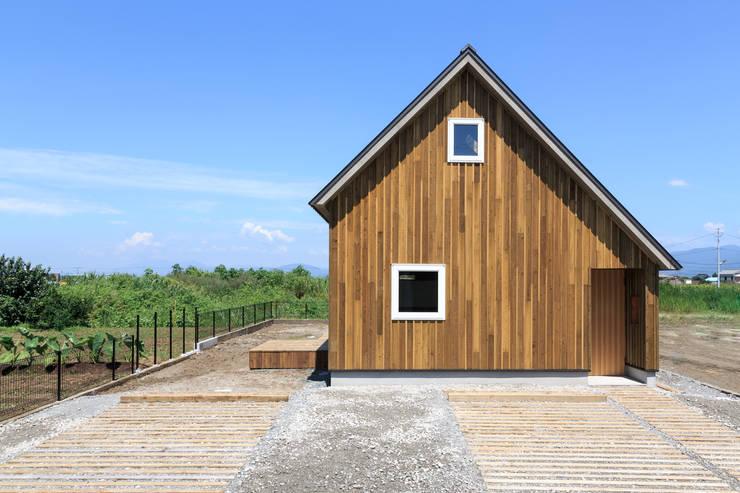 Big Small: 株式会社プロトハウス事務局が手掛けた家です。