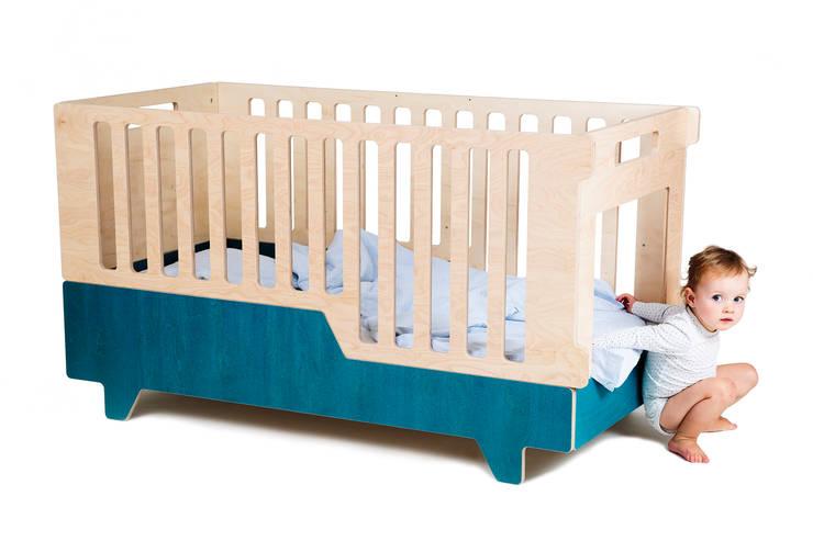 Nursery/kid's room by Kidskoje