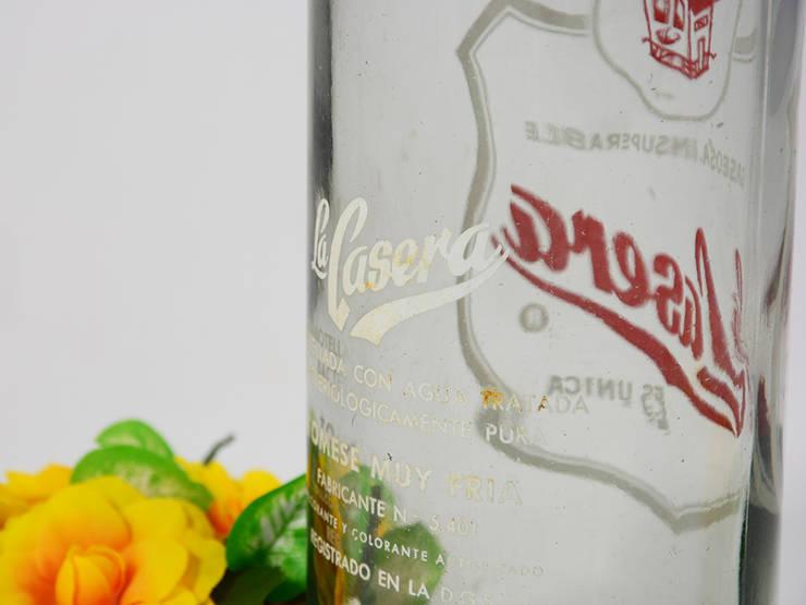 Botellas de gaseosa (La Pitusa, La Casera): Hogar de estilo  de Pablo Antigüedades