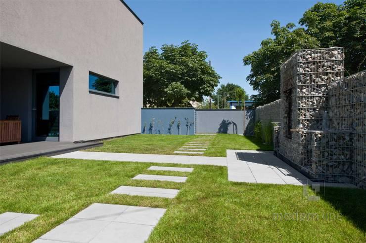 Nowoczesne nawierzchnie z betonu: styl , w kategorii Ogród zaprojektowany przez Modern Line,Nowoczesny
