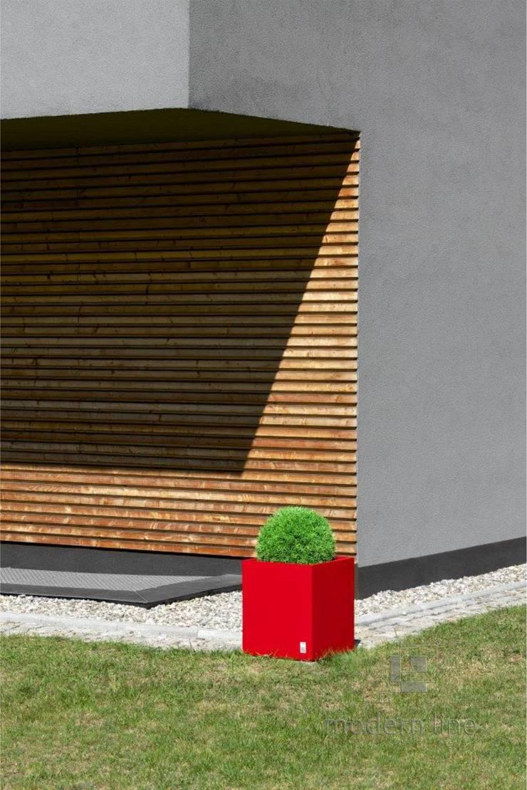Betonowe donice: styl , w kategorii Ogród zaprojektowany przez Modern Line