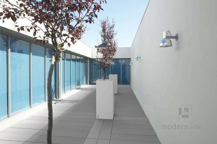Betonowe donice: styl , w kategorii Taras zaprojektowany przez Modern Line