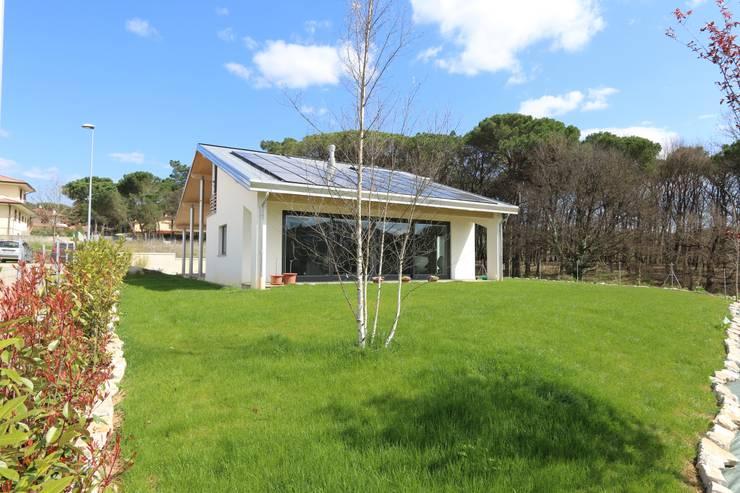 Casas de estilo  por marco carlini architetto