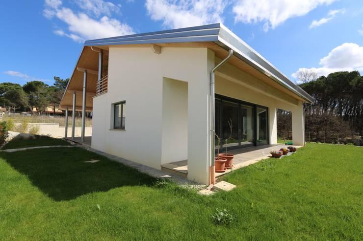 Casas de estilo  de marco carlini architetto