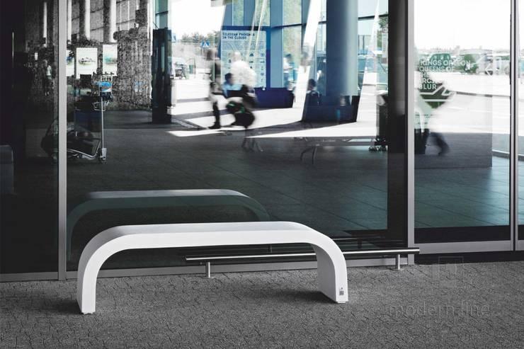 Betonowe ławki.: styl , w kategorii Taras zaprojektowany przez Modern Line,Nowoczesny