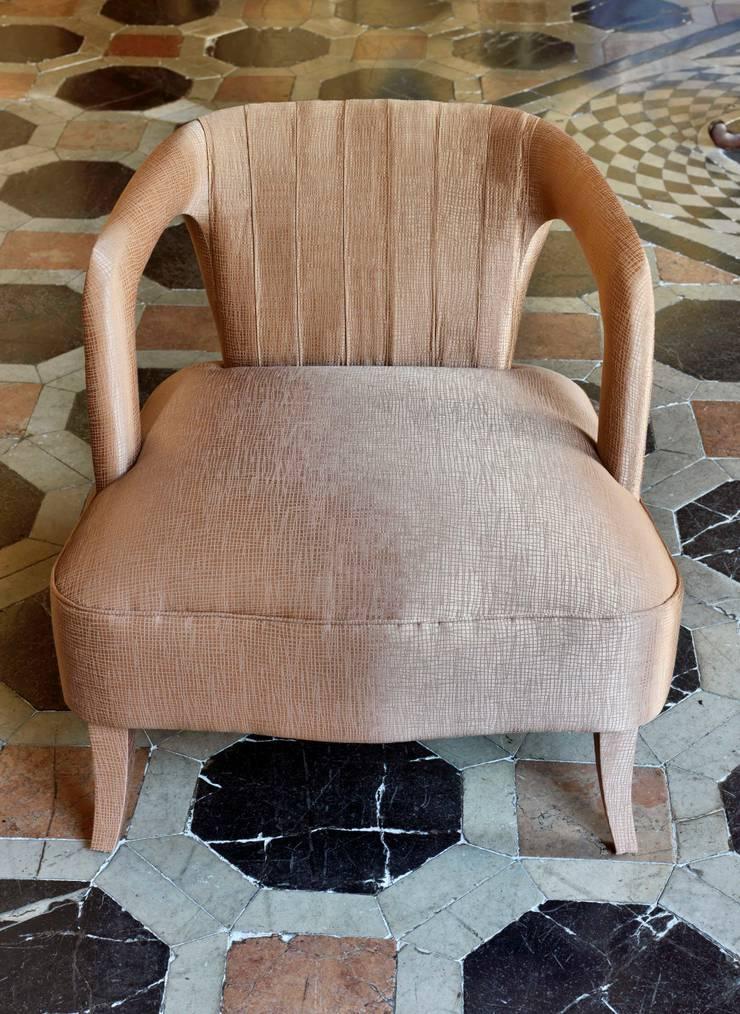 Belong FR: Casa  por Aldeco, Interior Fabrics