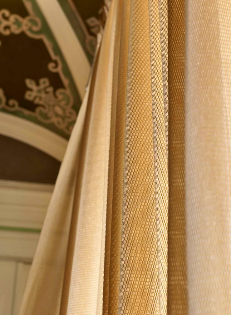 Bijou: Casa  por Aldeco, Interior Fabrics