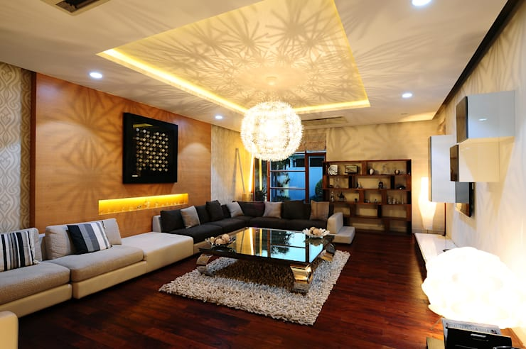 Private Bungalow, Hyderabad:   by Mohan Consultants