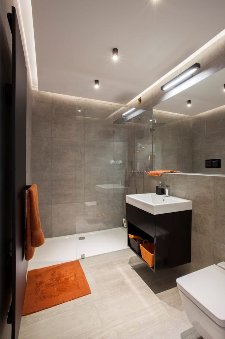 Bathroom by Kunkiewicz Architekci