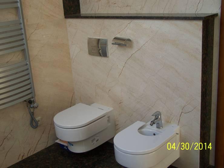 Marmurowa łazienka : styl , w kategorii Łazienka zaprojektowany przez Merkam  - Łódź ul. Św. Jerzego 9