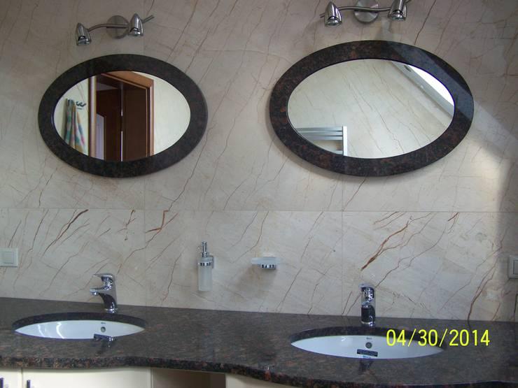 Łazienka z kamienia naturalnego : Granit - Marmur : styl , w kategorii Łazienka zaprojektowany przez Merkam  - Łódź ul. Św. Jerzego 9